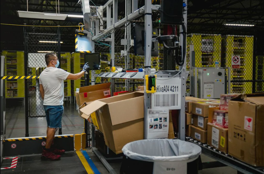 Amazon's rivals Walmart and Target gained ground on the e-commerce giant during the pandemic