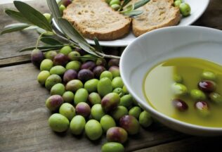 Research shows cardioprotective qualities of Australian extra virgin olive oil, La Trobe University
